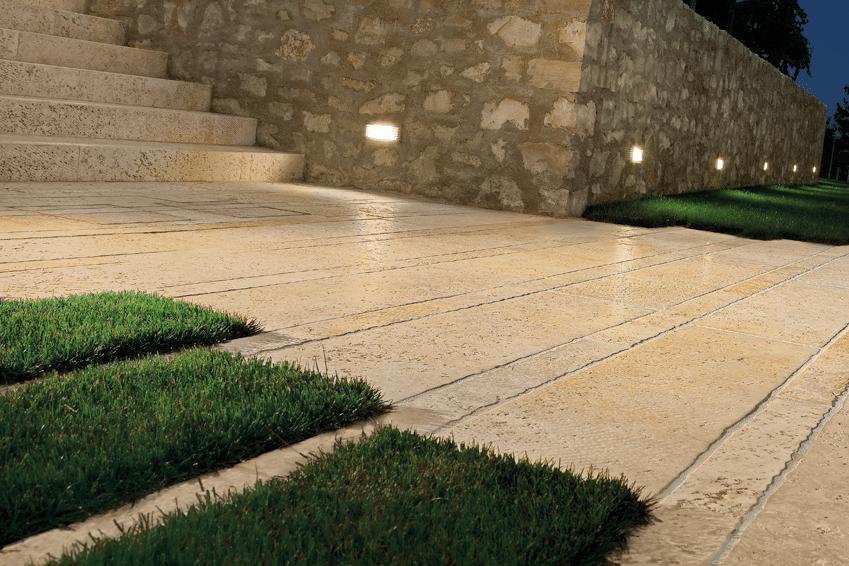 Escalier terrasse et balcon exterieur en carrelage - Carrelage exterieur pierre naturelle ...