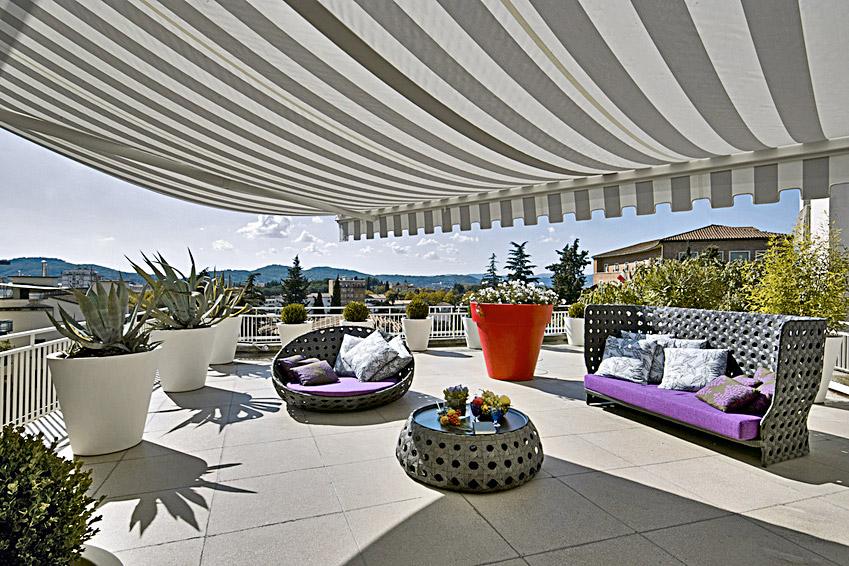 Carrelage de terrasse et terrasse exterieure en carrelage for Carrelage bruxelles prix